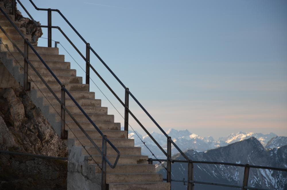 Stairway to heaven: wie Sie traumhaft schöne Gartentreppen anlegen