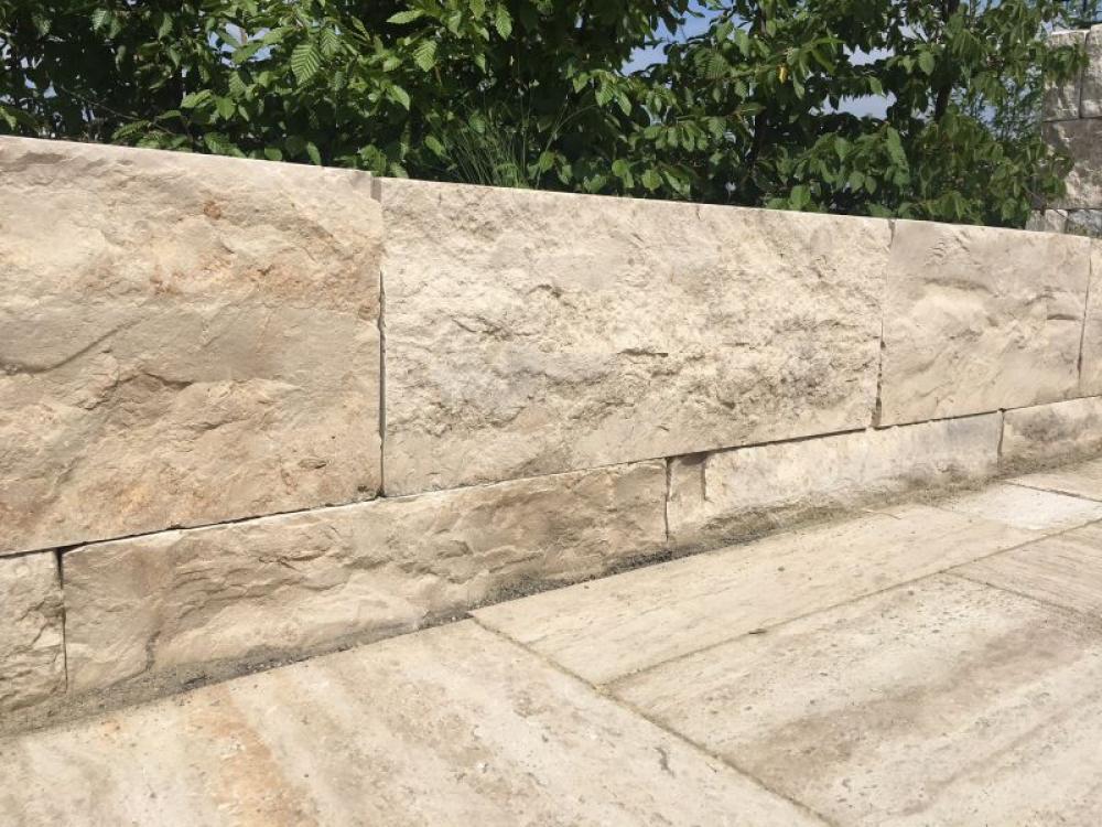 """Gartenmauer bauen leicht gemacht: Systemmauerwerk """"Frankenmauer"""""""