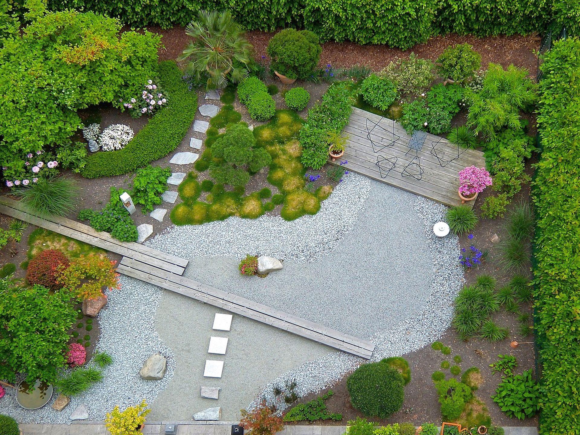 Gartenwegeplanung mit Naturstein