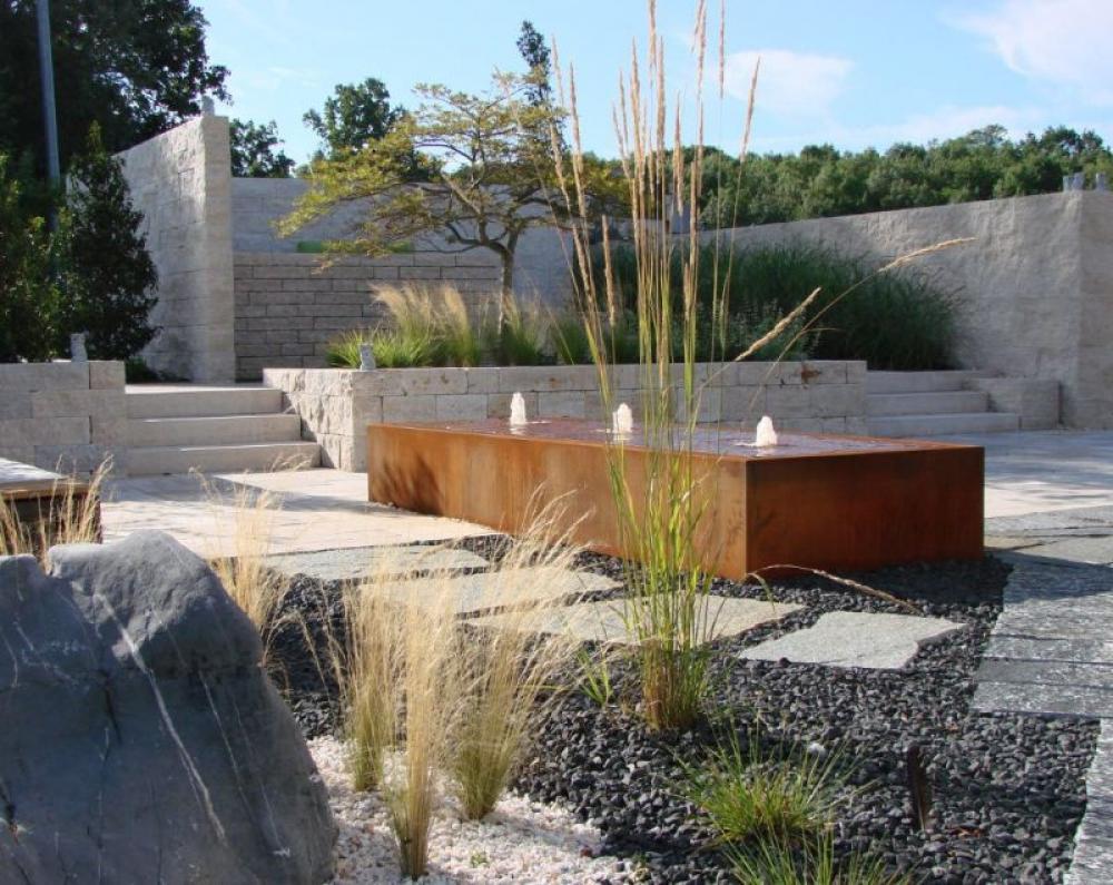 Wasserspiele für Natursteingarten oder Terrasse   KSV Natursteine