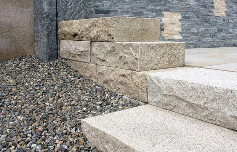 granit-g682-blocksteine