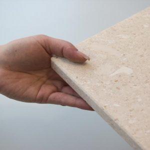 Fensterbank Kalkstein Plano, beige-weiß, 6 Seiten gebürstet