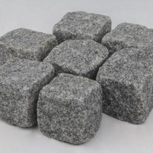 Pflasterstein Granit Roriz Feinkorn, gespalten, dunkelgrau