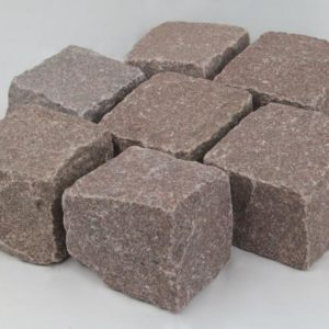 Pflasterstein Granit Manga, gespalten, rötlich