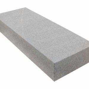 Blockstufe Kalkstein CUDICIO Pietra Piasentina, geflammt, braun-grau