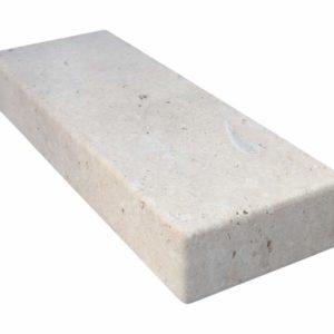 Blockstufe Kalkstein Golden Limestone, getrommelt