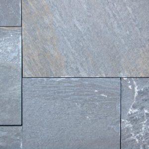 Terrassenplatte Quarzit Karistos, spaltrau, Kanten gesägt
