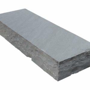 Blockstufe Sandstein Silver Grey, gespalten, grau
