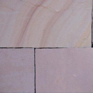 Terrassenplatte Sandstein Terra Modak, spaltrau, Kanten handbekantet