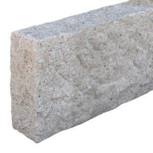 Bordstein Granit Sol G682, gesägt und gespitzt