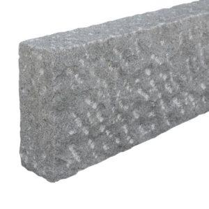 Bordstein Granit Gala G654, gesägt und gespitzt