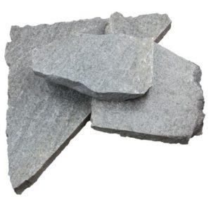Polygonalplatte Gneis Luserna, spaltrau, grau