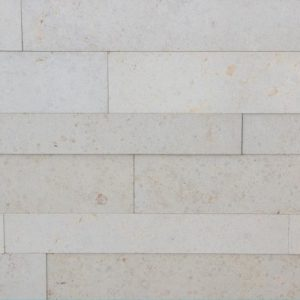 Verblender Kalkstein Dietfurt, Ansicht sandgestrahlt, Kanten und Rückseite gesägt