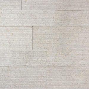 Verblender Kalkstein Kanfanar®, Ansicht rigato, Kanten und Rückseite gesägt
