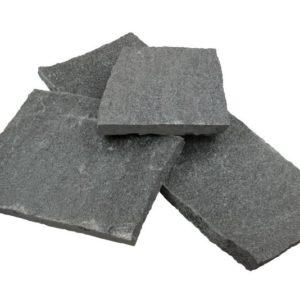Polygonalplatte Gneis Maggia, spaltrau, grau